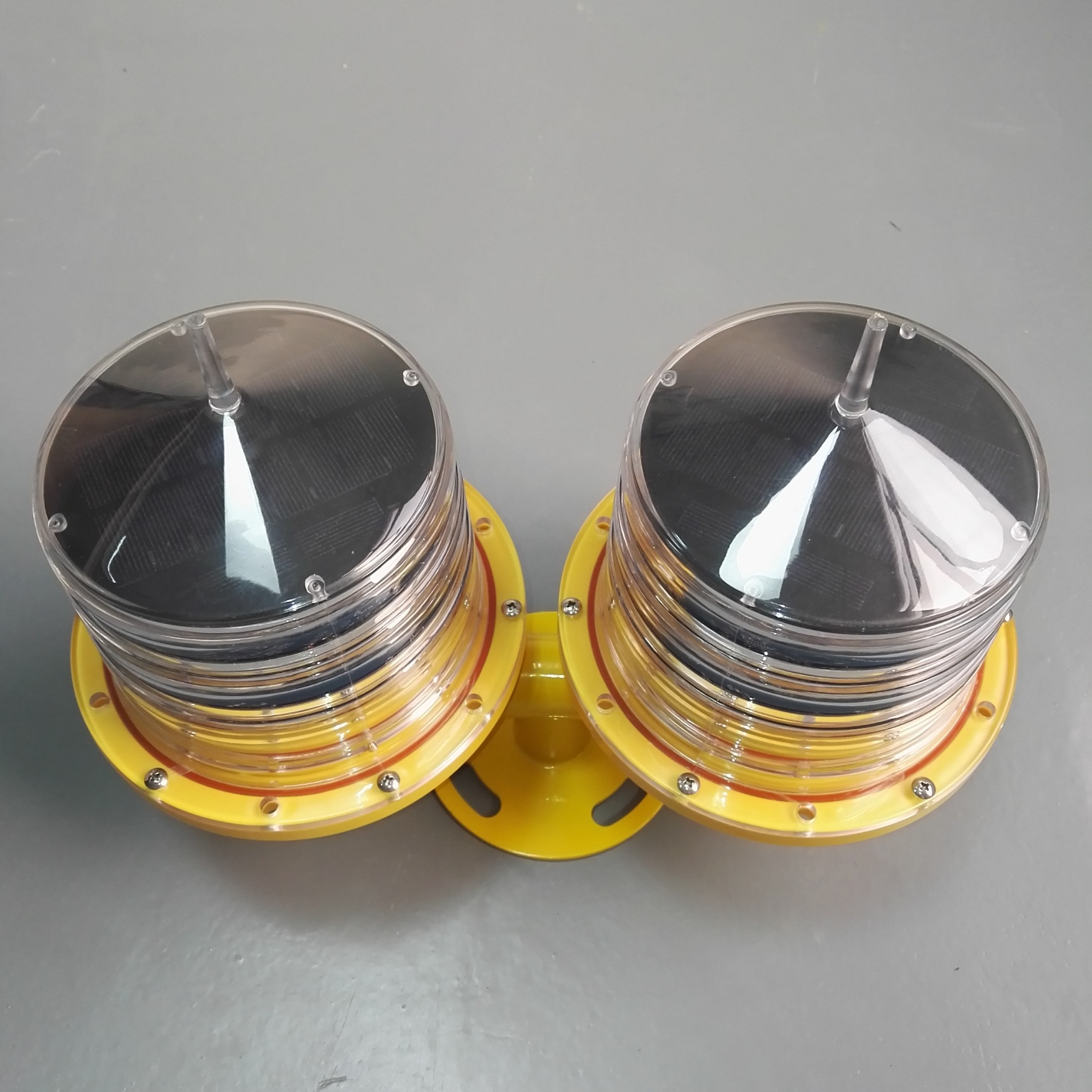 Dual Solar Powered Aviation Obstacle Light For Tower